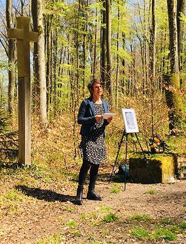 Freie Rednerin Trauerrednerin Kristina Schray