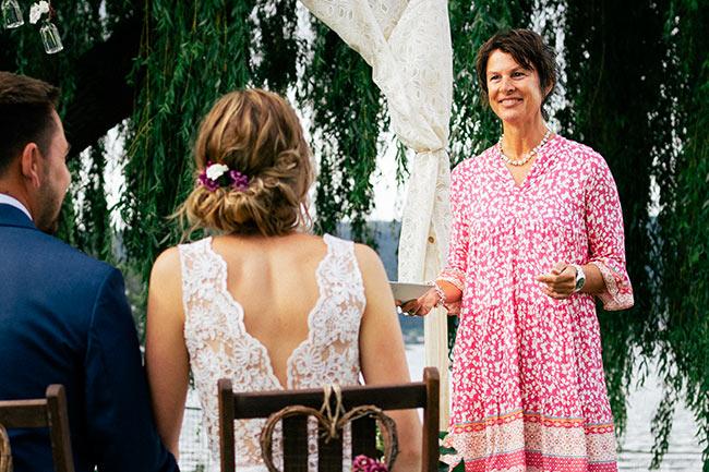 Tina Schray Freie Rednerin Hochzeit